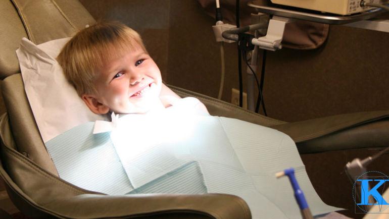 Dentysta radzi: jak zadbać o higienę zębów u najmłodszych?