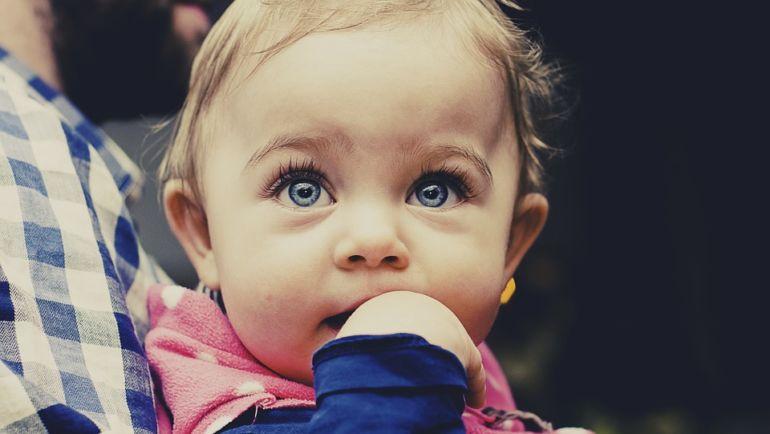 Kalendarz ząbkowania u dzieci