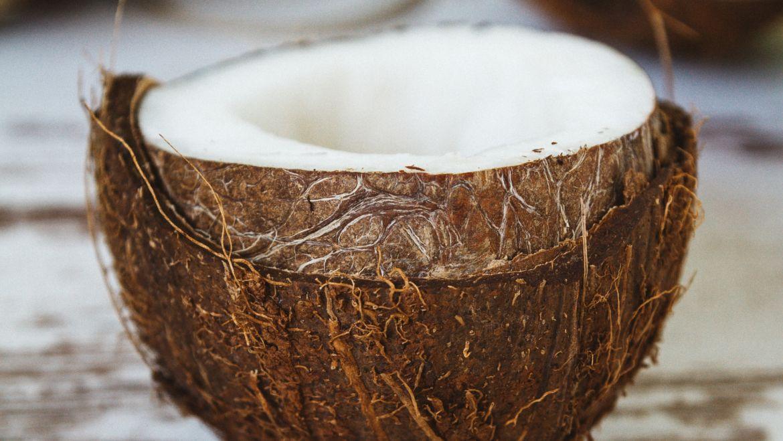 Stomatologiczne zastosowanie oleju kokosowego