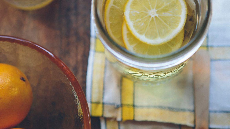 Woda smakowa wpływa negatywnie na uzębienie