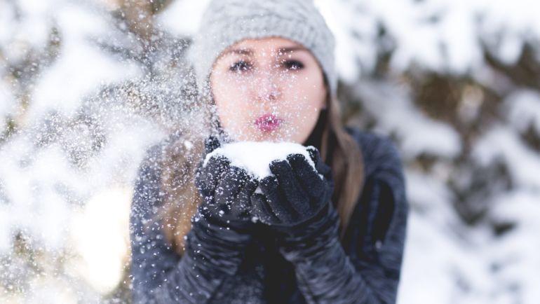 Zimowe bóle zębów – czy coś takiego istnieje?